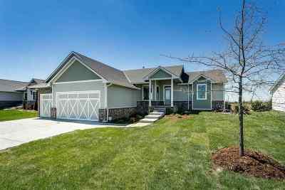 Wichita Single Family Home For Sale: 8211 E 33rd Ct South