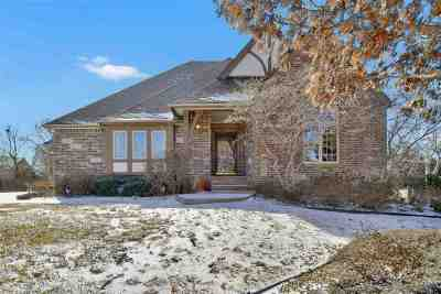 Andover Single Family Home For Sale: 1304 Chaumont Cir