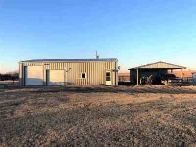 Arkansas City KS Single Family Home For Sale: $119,000