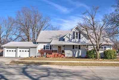Hesston Single Family Home For Sale: 300 N Weaver St