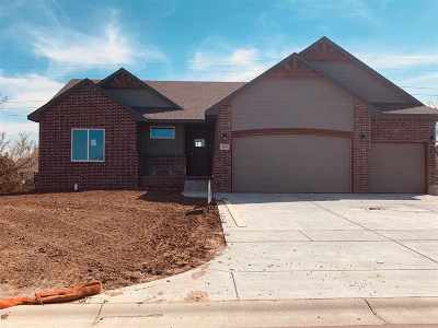 Derby Single Family Home For Sale: 2131 E Birchwood Rd