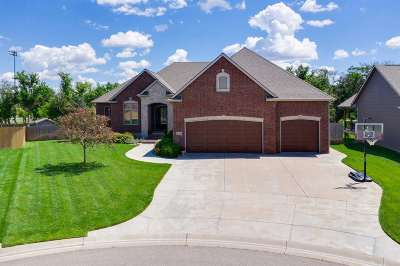 Colwich Single Family Home For Sale: 216 S Crocker Ct