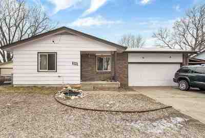 Wichita Single Family Home For Sale: 5131 S Madison St