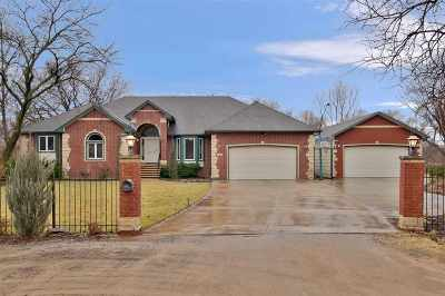 Wichita Single Family Home For Sale: 2319 N McLean Ct.