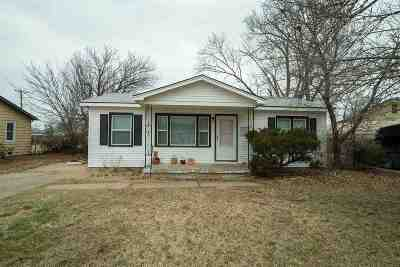 Single Family Home For Auction: 2322 W Crawford St