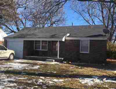 Wichita KS Single Family Home For Auction: $49,900