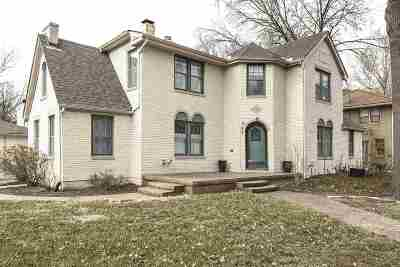 Wichita Single Family Home For Sale: 245 S Terrace Dr