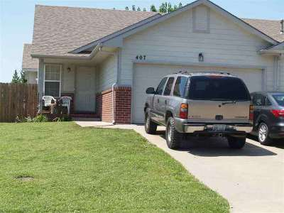 Derby Single Family Home For Sale: 407 N Zachary Dr