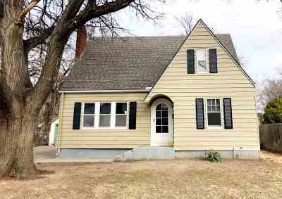 Wichita Single Family Home For Sale: 644 N Pershing Ave