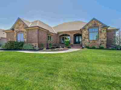 Wichita Single Family Home For Sale: 2605 N Bayside Ct