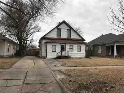 Wichita Single Family Home For Sale: 817 W Munnell St