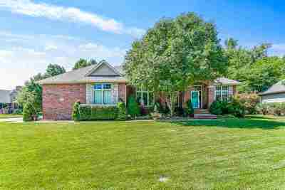 Wichita Single Family Home For Sale: 2901 N Wild Rose Ct.