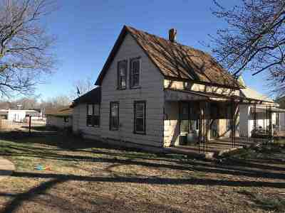 Caldwell KS Single Family Home For Sale: $13,000