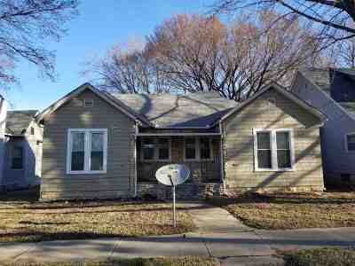 Winfield KS Multi Family Home For Sale: $62,500