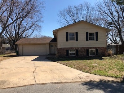 Valley Center Single Family Home For Sale: 4 Gayle Ct