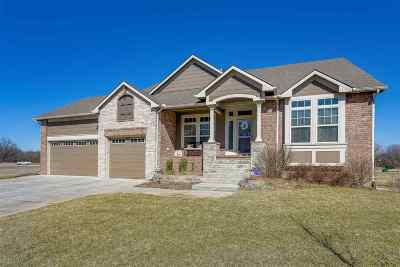 Valley Center Single Family Home For Sale: 452 N Valley Creek Dr