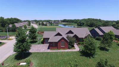 Valley Center Single Family Home For Sale: 300 N Valley Creek Dr.