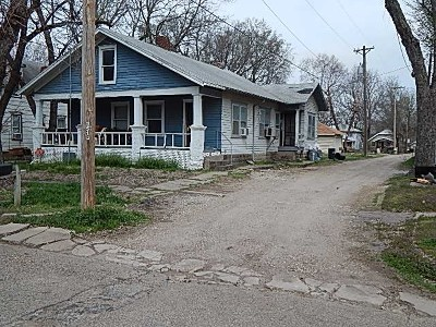 Winfield KS Multi Family Home For Sale: $25,000