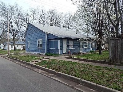 Winfield KS Multi Family Home For Sale: $35,000