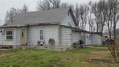 Arkansas City KS Single Family Home For Sale: $50,000