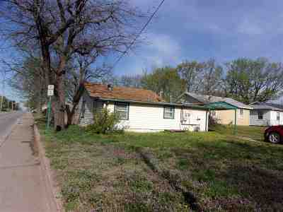 Arkansas City KS Single Family Home For Sale: $21,500