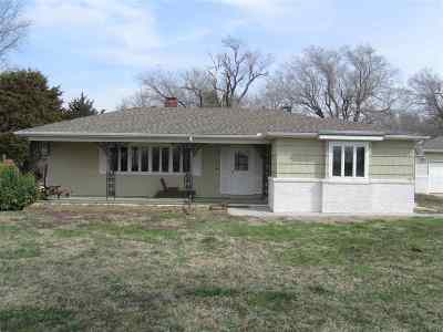 Single Family Home For Auction: 11920 E 75th St. South