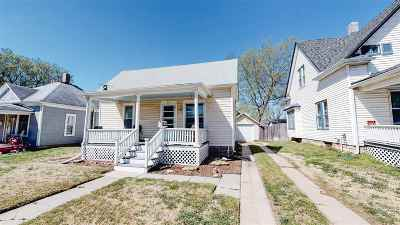 Single Family Home For Sale: 219 Allison St