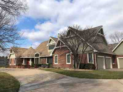 Sedgwick County Single Family Home For Sale: 4 N Sandalwood St