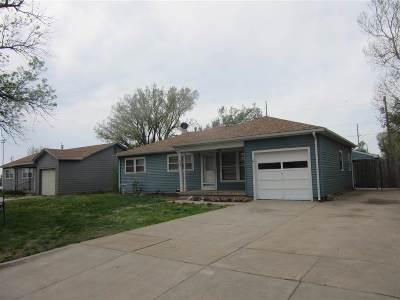 Wichita Single Family Home For Sale: 3545 S Walnut St