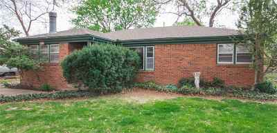 Wichita Single Family Home For Sale: 2858 S Laura St