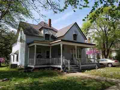 Wellington Single Family Home For Sale: 408 N Jefferson Ave
