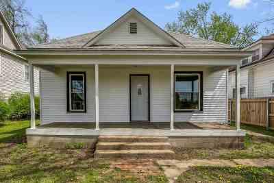 Wellington Single Family Home For Sale: 617 S Jefferson Ave