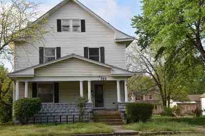 Winfield KS Single Family Home For Sale: $92,000