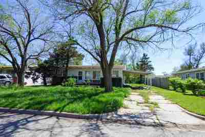 Single Family Home For Auction: 2315 W Wildwood Rd