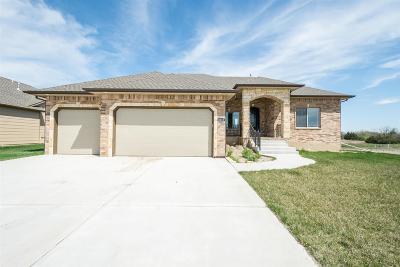 Wichita Single Family Home For Sale: 8233 E Saw Mill Ct