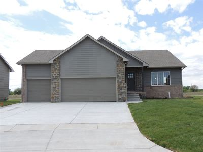 Maize KS Single Family Home For Sale: $274,000