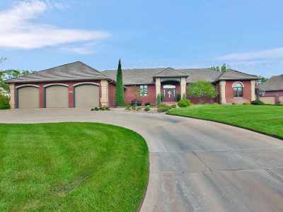 Wichita Single Family Home For Sale: 2642 N North Shore Cir