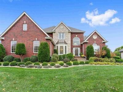 Wichita Single Family Home For Sale: 13211 E Edgewood St