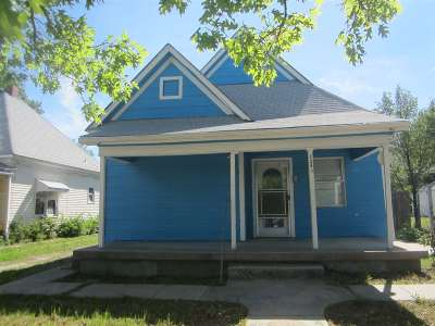 Single Family Home For Sale: 1240 S Emporia Ave