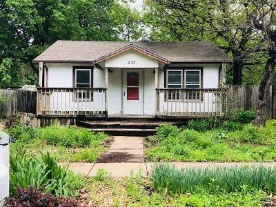 Mulvane Single Family Home For Sale: 432 E Bridge St