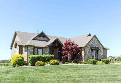 Rose Hill Single Family Home For Sale: 3233 Willow Creek
