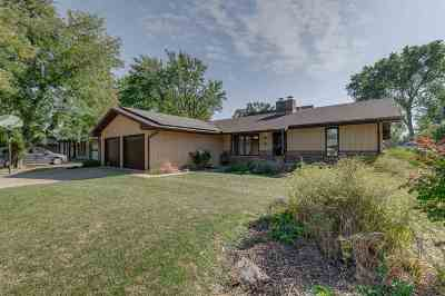 Hesston Single Family Home For Sale: 101 Willow Ln