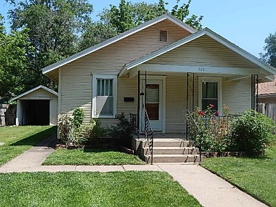 Winfield KS Single Family Home For Sale: $74,500