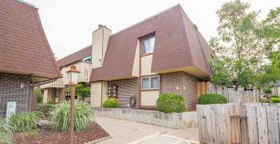 Winfield KS Condo/Townhouse For Sale: $75,000