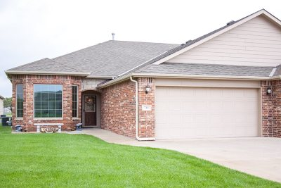 Valley Center Single Family Home For Sale: 746 W Cottonwood