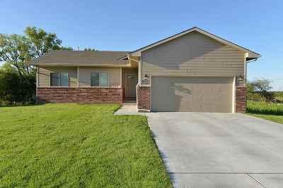 Wichita Single Family Home For Sale: 9412 E Champions St