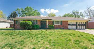 Wichita Single Family Home For Sale: 1934 N Charlotte St