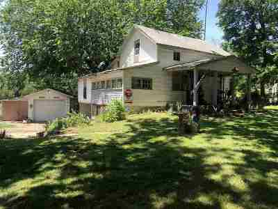 Arkansas City KS Single Family Home For Sale: $24,900
