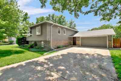 Wichita Single Family Home For Sale: 1661 N Wood Dr