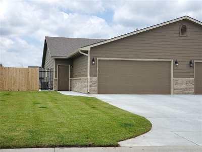 Wichita Single Family Home For Sale: 5325 N Cypress